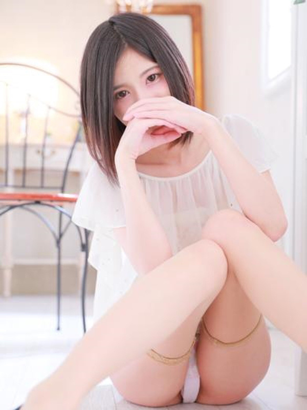 ゆな☆モデル級の顔立ち