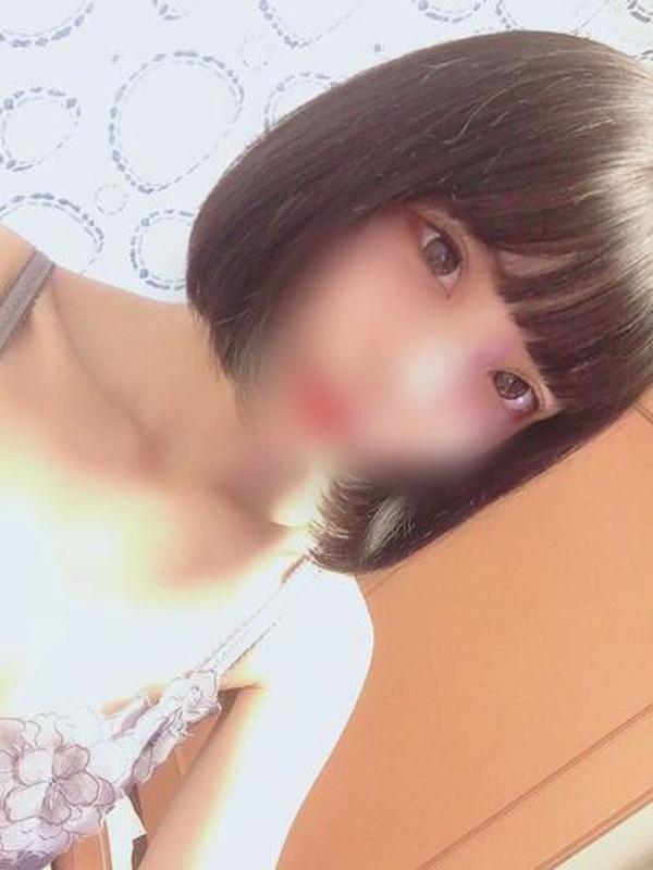 つぼみ☆黒髪ロリフェイス